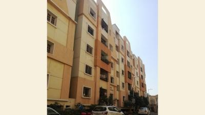 Gallery Cover Image of 1570 Sq.ft 3 BHK Apartment for rent in Satyam Heights, Whisper Valley for 12000