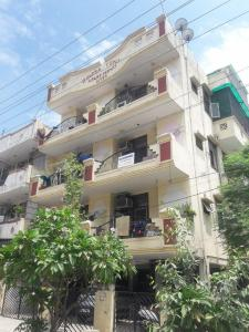 Gallery Cover Image of 1050 Sq.ft 2 BHK Independent Floor for rent in Bindra Sons Apartments, Vaishali for 14000