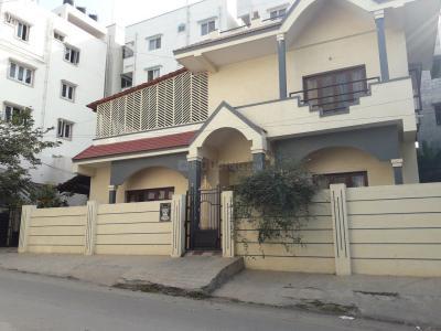 Gallery Cover Image of 250 Sq.ft 1 RK Apartment for rent in Venkatadri Nilaya, Banashankari for 6500