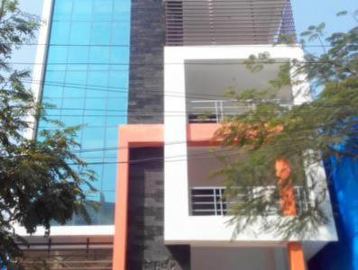 Gallery Cover Image of 1200 Sq.ft 3 BHK Apartment for rent in Khan Villa, Shaikpet for 21000