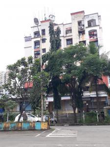 Gallery Cover Image of 585 Sq.ft 1 BHK Apartment for rent in Swastik Enclave, Thane West for 17500