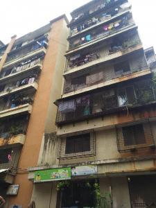 Gallery Cover Image of 300 Sq.ft 1 RK Apartment for rent in Parishram, Santacruz East for 13000