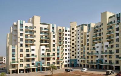 Gallery Cover Image of 2200 Sq.ft 4 BHK Apartment for rent in Karia Konark Splendour, Wadgaon Sheri for 45000