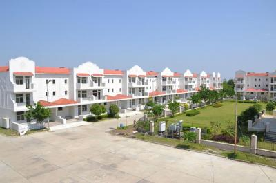 Gallery Cover Image of 2160 Sq.ft 4 BHK Villa for buy in DLF Garden City, Manglia for 8000000