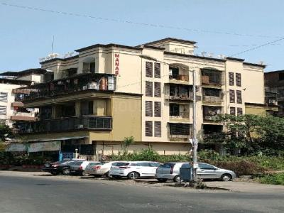 Gallery Cover Image of 900 Sq.ft 3 BHK Apartment for rent in Manas Apartment, Arera Colony for 12000