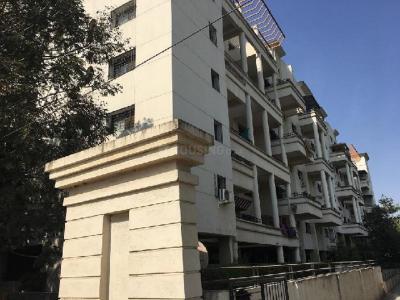 Gallery Cover Image of 1750 Sq.ft 4 BHK Apartment for buy in Goel Ganga Aakash Ganga Society, Rahatani for 13500000