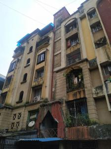 Gallery Cover Image of 560 Sq.ft 1 BHK Apartment for rent in Varsha Tower, Mira Road East for 11500