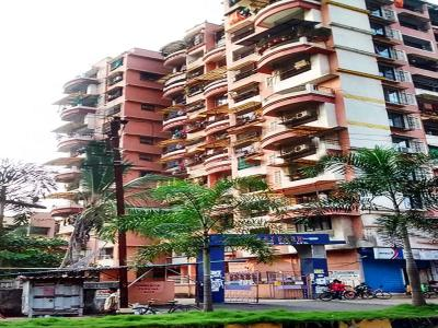 Gallery Cover Image of 1500 Sq.ft 3 BHK Apartment for buy in Niraj Park, Kalyan West for 12000000