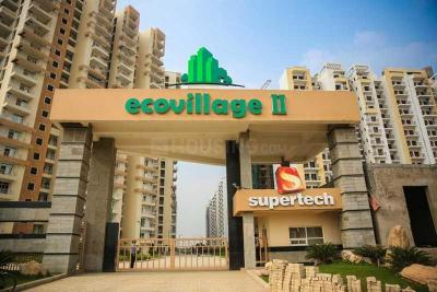 Gallery Cover Image of 890 Sq.ft 2 BHK Apartment for rent in Supertech Eco Village 2, Noida Extension for 9000