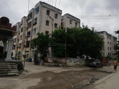 Gallery Cover Image of 605 Sq.ft 2 BHK Apartment for rent in Janapriya Apartment Phase 3, Hafeezpet for 10000