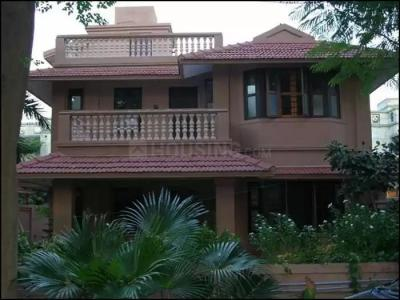 Gallery Cover Image of 2700 Sq.ft 4 BHK Independent House for buy in Saumya Amaltas, Bodakdev for 50000000