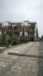 Gallery Cover Image of 335 Sq.ft 5 BHK Villa for buy in Shivam Monreve, Thaltej for 55000100