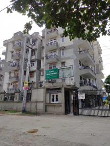 Gallery Cover Image of 1600 Sq.ft 3 BHK Apartment for rent in Parvana Apartments, Sector 21D for 24000