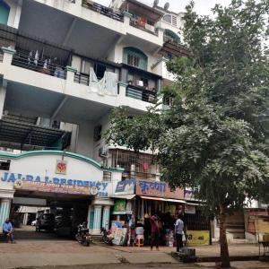Gallery Cover Image of 1045 Sq.ft 2 BHK Apartment for rent in Jai Raj Residency, Old Sangvi for 13000