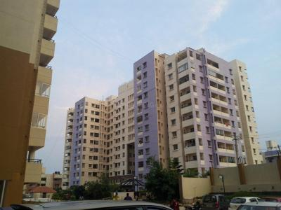 Gallery Cover Image of 951 Sq.ft 2 BHK Apartment for rent in Greendale Phase I, Kalyan Nagar for 22000