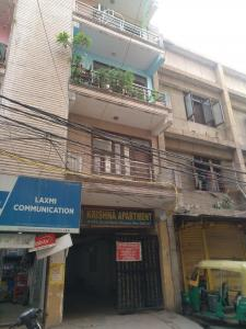 Gallery Cover Image of 450 Sq.ft 1 BHK Apartment for rent in Krishna Apartment, Shalimar Bagh for 11000