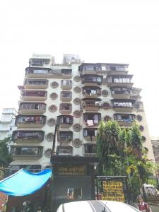Gallery Cover Image of 600 Sq.ft 1 BHK Apartment for rent in Fatima Apartments, Madanpura for 40000