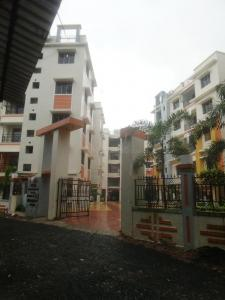 Gallery Cover Image of 1000 Sq.ft 3 BHK Apartment for rent in Rupayan Su Casa Wood, Rajpur Sonarpur for 12000