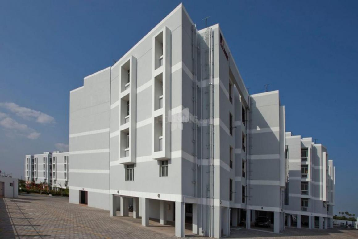 Gallery Cover Pic of De-Luxe Apartments and Buildings Acacia Apartments