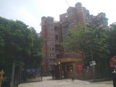 Gallery Cover Image of 1600 Sq.ft 3 BHK Apartment for rent in SB youth Apartment, Sector 2 Dwarka for 26000