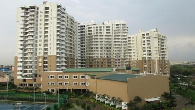 Gallery Cover Image of 2250 Sq.ft 3 BHK Apartment for buy in SNN Raj Lakeview phase - 2, Bilekahalli for 33625000