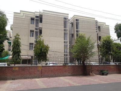 Gallery Cover Image of 1200 Sq.ft 2 BHK Apartment for buy in Rail Vihar, Sector 30 for 7500000