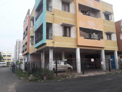 Gallery Cover Image of 500 Sq.ft 1.5 BHK Independent House for buy in Gandhi Apartments, Gandhi Nagar for 5500000
