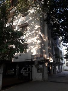 Keerthi Shiva Apartments
