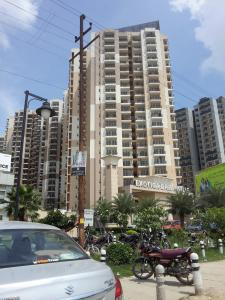 Gallery Cover Image of 1235 Sq.ft 2 BHK Apartment for rent in Noida Extension for 11000