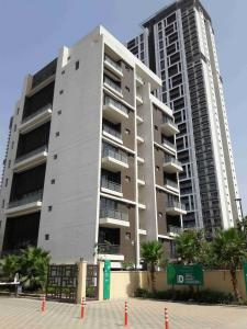 Gallery Cover Image of 3250 Sq.ft 4 BHK Apartment for rent in Sector 72 for 70000