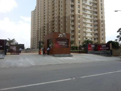 Gallery Cover Image of 1650 Sq.ft 3 BHK Apartment for rent in Saya Zion, Noida Extension for 16000
