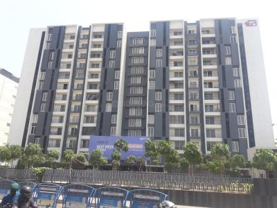 Gallery Cover Image of 2152 Sq.ft 4 BHK Apartment for rent in Appaswamy Platina, Porur for 35000