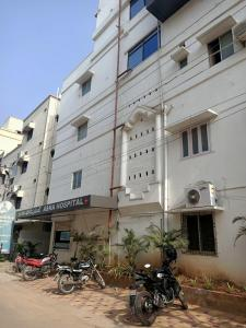Hospitals & Clinics Image of 2130.0 - 2200.0 Sq.ft 3 BHK Apartment for buy in Om Sree Brilliance