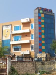 Schools &Universities Image of 1500.0 - 3000.0 Sq.ft 3 BHK Independent Floor for buy in Raghav Floors 1