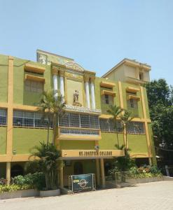 Schools & Universities Image of 727 Sq.ft 1 BHK Independent Floor for buy in Basheer Bagh for 6500000