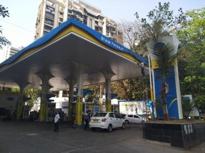 Petrol Pumps Image of 489.87 - 908.37 Sq.ft 1 BHK Apartment for buy in Johaan Signature Isle