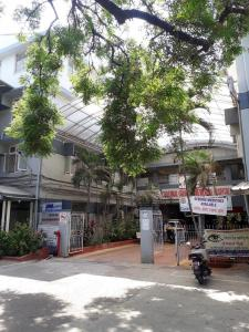 Hospitals & Clinics Image of 630 - 945 Sq.ft 1 BHK Apartment for buy in Emmanuel Carnival Residency 2