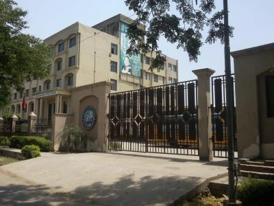 Schools & Universities Image of 50000 Sq.ft 9 BHK Independent House for rent in Sigma I for 100000
