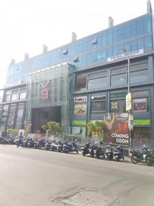 Shopping Malls Image of 616.66 - 906.86 Sq.ft 2 BHK Apartment for buy in Bhoomi Allium