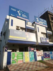 Schools & Universities Image of 1265 Sq.ft 2 BHK Apartment for buy in Ramky One Galaxia Phase II, Nallagandla for 8400000