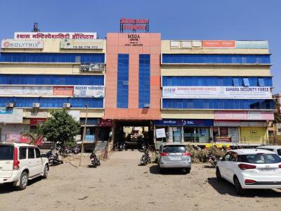 Shopping Malls Image of 428 - 679 Sq.ft 1 BHK Apartment for buy in Padmalaya Urban County