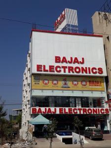 Shops Image of 2000 Sq.ft 3 BHK Independent House for rent in Bandlaguda Jagir for 15000
