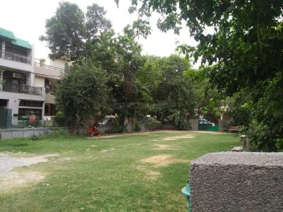 Parks Image of 1300 Sq.ft 2 BHK Apartment for rent in Paschim Vihar for 22000