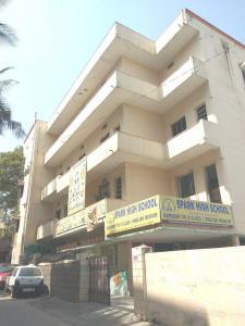 Schools & Universities Image of 800 Sq.ft 2 BHK Independent Floor for rent in Santosh Nagar for 8500