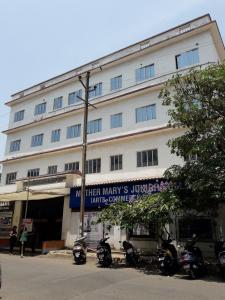 Schools & Universities Image of 640 Sq.ft 1 BHK Apartment for buy in Shree Adeshwar Anand Height Wing B And C, Nalasopara West for 2350000