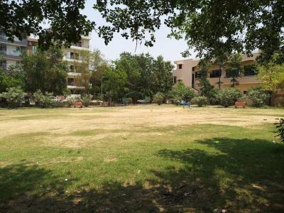 आरकेजे फ्लोर्स 1 में खरीदने के लिए 0 - 1700.0 Sq.ft 3 BHK इंडिपेंडेंट फ्लोर  पार्क  की तस्वीर