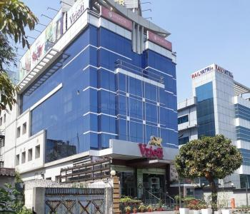 Shopping Malls Image of 1275 - 2110 Sq.ft 2 BHK Apartment for buy in Supertech Aadri