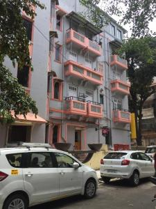 Food & Drinks Section Image of 650 Sq.ft 1 BHK Apartment for buyin Colaba for 25000000