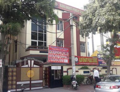 Schools & Universities Image of 560 Sq.ft 2 BHK Independent Floor for rent in Sector 16 Rohini for 15000