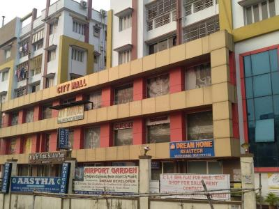 Shopping Malls Image of 779.0 - 1103.0 Sq.ft 2 BHK Apartment for buy in Jamuna Square
